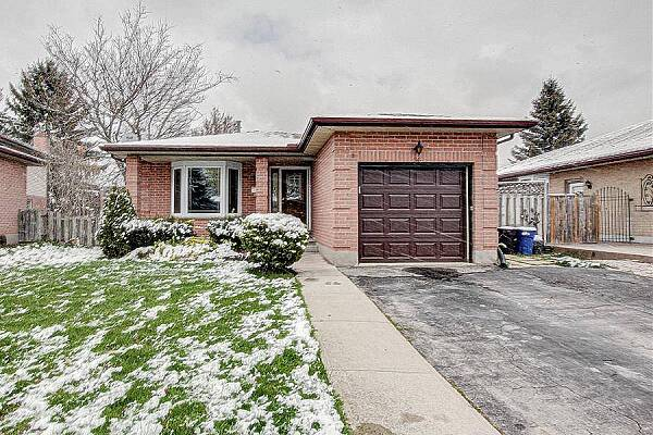 96 Buchan Rd, London, Ontario