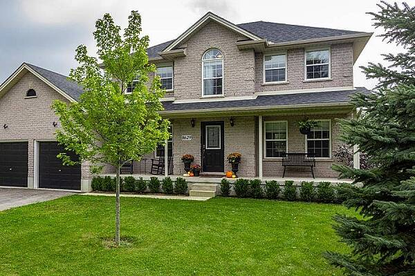 8629 Parkhouse Dr, Mount Brydges, Ontario